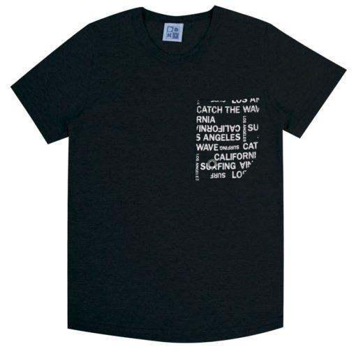 Camiseta Infantil meia malha penteada com bolso estampado e ilhós decorativo Preto
